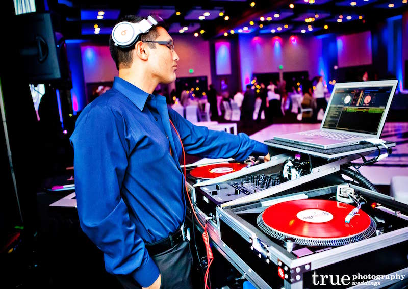 wedding-djs-always-in-demand