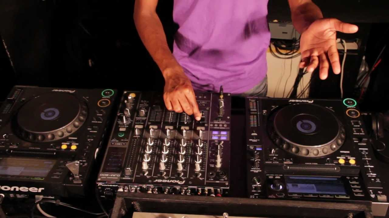 What Equipment Do I Need To Dj At A Club