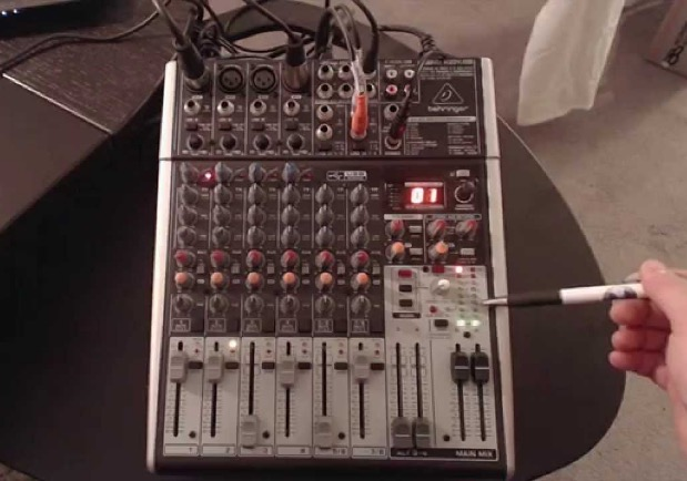 best-podcasting-mixer-behringer