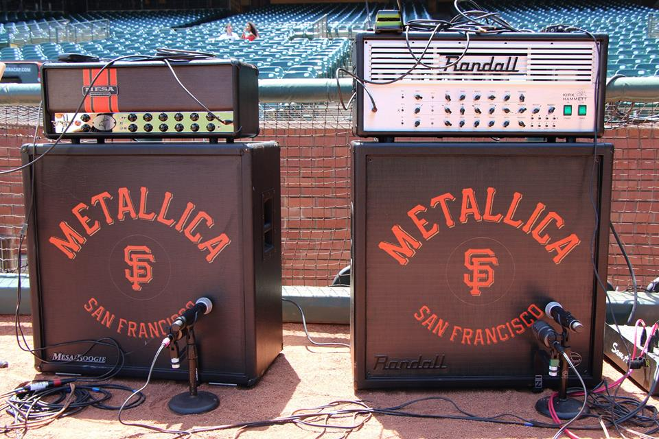 metallica-amps-on-stage