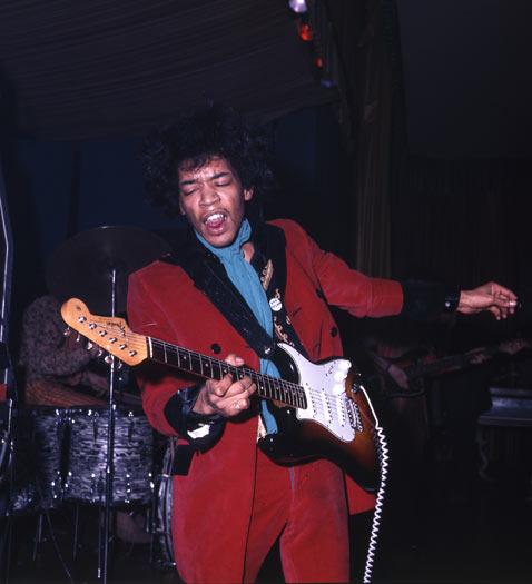 jimi-sunburst-strats-1967-2_zpss2mfmikg