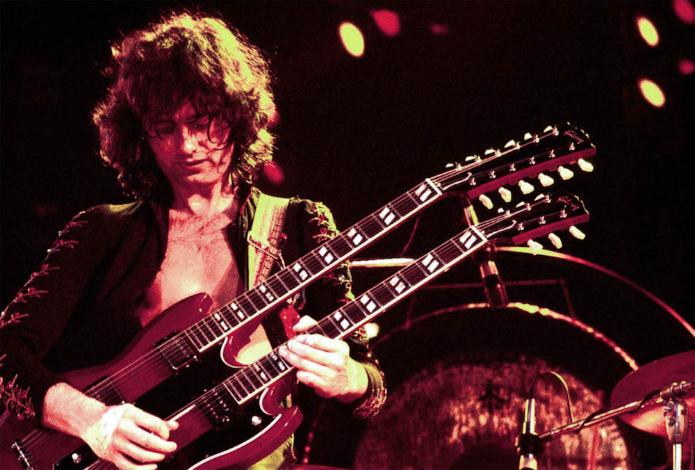 jimmy-page-playing-guitar